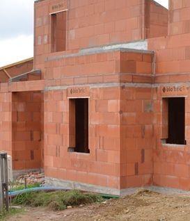 La brique acrot re pour un b ti 100 terre cuite for Prix maison en brique